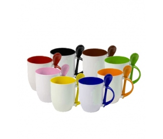 Color mugs with spoons