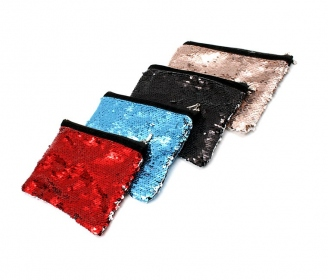 Reversible sequin wristlet